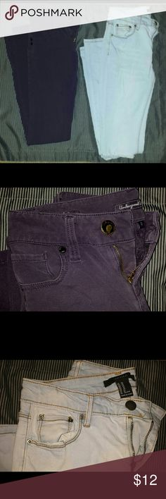 2 PAIRS Skinny Jeans Both size 0. True colors in close up pics. One is dark purple, brand is Underground Soul. One is extra light wash, Forever 21 Light wash has both knees slit. Forever 21 Jeans Skinny