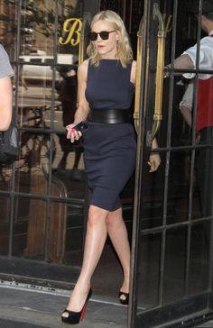 Carey Mulligan - Carey Mulligan Leaves Her NYC Hotel