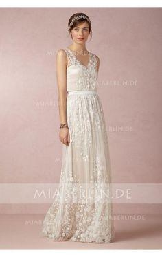 Sophisticate V-Ausschnitt Spitze Applikationen Tüll Lange Brautkleider