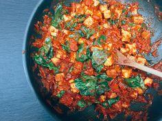 Tofu s rajčatovou omáčkou Tofu, Curry, Cooking, Ethnic Recipes, Kitchen, Curries, Brewing, Cuisine, Cook