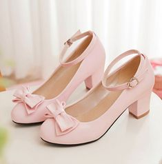 Lolita Women's Bowknot Sweet Mary Jans Ankle Strap Pumps Chunky Heel Shoes in Clothing, Shoes & Accessories, Women's Shoes, Heels Pretty Shoes, Beautiful Shoes, Cute Shoes, Me Too Shoes, Baby Girl Shoes, Girls Shoes, Mode Kawaii, Kawaii Shoes, Lolita Shoes