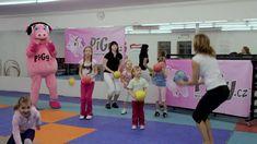 Pigy cvičení s Hankou Kynychovou: s míčkem Gym Equipment, Wrestling, Entertainment, Fitness, Sports, Youtube, Exercises, Watches, Activities
