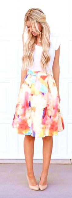 37 Floral Skirt Outfits That Are Both Charming Eye Catching #floral #skirt #outfit #summer #casual #fashion