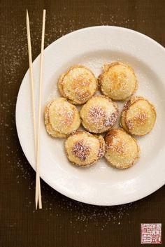 Dulce de Leche Ebelskivers - Dessert First Pan Dulce, Aebleskiver Recipe, Filet Mignon Chorizo, Biscotti, Pancakes And Waffles, Danish Pancakes, Brownies, Danish Food, Caramel