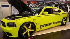 Dodge Charger SRT-8 CustomKingz at Essen Motorshow - Exterior Walkaround