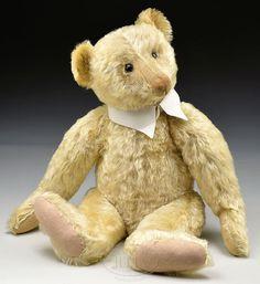 Old Teddy Bears, Antique Teddy Bears, Steiff Teddy Bear, Teddy Bear Toys, Tedy Bear, Love Bears All Things, Antique Toys, Old Toys, Art Dolls