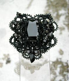 """Брошь """" Чёрная Королева"""" - чёрный,брошь,фриволите,анкарс,ручное кружево"""