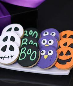 hand decorated halloween cookies