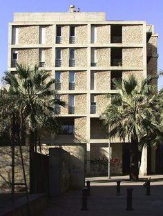 Joan Arias Roig > Edificio de 48 viviendas y centro cívico