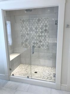 Badezimmer - Bathrooms 41 Captivating Small Master Bathroom Ideas Your Style, Your Budget Tired of o Grey Bathrooms Designs, Bathroom Interior Design, Small Bathrooms, Small Bathroom Showers, Shower Tile Designs, Master Bathrooms, Small Master Bathroom Ideas, Shower Ideas Bathroom, Small Tile Shower