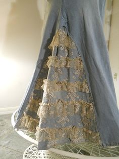 Belle Bohémienne ruffled lace jean skirt by bohemienneivy on Etsy
