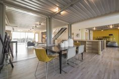 PV14 House / M Gooden Design