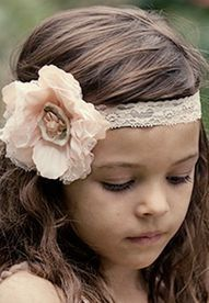 such a cute headband for the flower girl