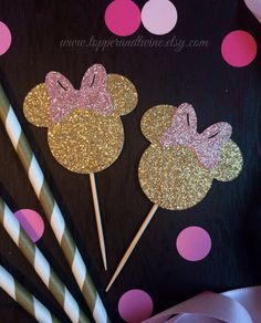 Minnie Mouse Cupcake Toppers - Pink and Gold - Set of 12 (Disney Mickey Mouse inspired, Birthday Party, Pink and Gold Birthday) by TopperAndTwine on Etsy https://www.etsy.com/listing/218298893/minnie-mouse-cupcake-toppers-pink-and