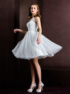A-line/Princess Bateau Knee-length Tulle Wedding Dress (1798931) - USD $99.99