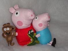 Peppa Pig 37cm de altura R$45,00 George 30cm de altura R$40,00 Encomende o seu Feito em feltro