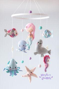 Mermaid Nursery Decor, Baby Girl Room Decor, Girl Nursery, Mermaid Baby Showers, Baby Mermaid, Baby Crib Mobile, Baby Cribs, Felt Mobile, Felt Toys