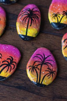 Paint Pens For Rocks, Painted Rocks Craft, Hand Painted Rocks, Painted Stones, Pebble Painting, Pebble Art, Stone Painting, Diy Painting, Rock Painting Ideas Easy