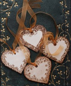 Wooden+heart+tag+personalised+decorated+with+by+tricianewell,+£4.99