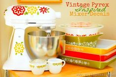 DIY Vintage Pyrex Inspired KitchenAid Mixer Decals by The Silly Pearl and Mod Podge Pyrex Cookware, Bakeware, Kitchenaid Stand Mixer, Vintage Pyrex, Vintage Kitchenware, Vintage Glassware, Little Kitchen, Kitchen Aid Mixer, Kitchen Gadgets