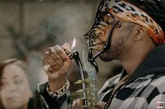 WATCH: 2 Chainz Gets High with $500K Worth of Bongs and Dabs