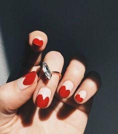 Los mejores diseños de uñas para celebrar el dia de los enamorados . San Valentin Nails 2021 #nails #sanvalentin #love #manicura #manicure #hearts #art #amor Valentine's Day Nail Designs, Acrylic Nail Designs, Nails Design, Spring Nail Art, Spring Nails, Red Acrylic Nails, Gel Nails, Coffin Nails, Red Manicure