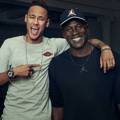 Neymar (left) and NBA legend Michael Jordan (right) have teamed up to create a new Nike football boot Michael Jordan, Jordan V, Neymar Jr, Neymar Team, Nike Free Shoes, Nike Shoes Outlet, Nike Football Boots, Reflective Shoes, Basketball Legends