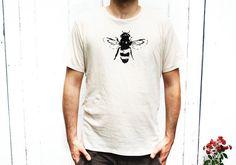 Mens Tshirt  camicia organici Bee  abbigliamento di naturwrk, $28.00