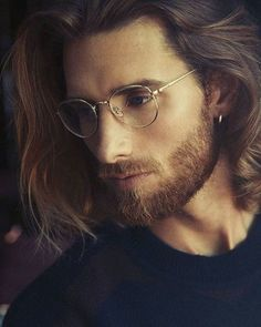 cool 50 Ideas for Chin Length Hair for Men – Easy and Stylish cool 50 Ideas for Chin Length Hair for Men – Easy and Stylish – Farbige Haare Hair And Beard Styles, Long Hair Styles, Superior Hair, Chin Length Hair, Long Beards, Long Hair Cuts, Men With Long Hair, Long Hair Beard, Man Bun