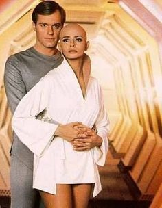 Decker (Stephen Collins) and Ilia (Persis Khambatta) from Star Trek: The Motion Picture. Star Trek Tv, Star Wars, Star Trek Movies, Deep Space Nine, Stephen Collins, Star Trek Generations, Star Trek Images, Star Trek Characters, Star Trek Original