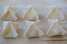 The best, easiest and super crispy crab rangoon or cream cheese wonton recipe EVER. Quick, fool-proof and a zillion times better than Chinese takeout!!