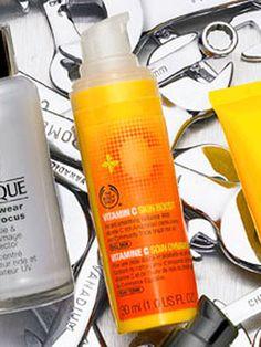 Glow Getter  Full of antioxidants, The Body Shop Vitamin C Skin Boost