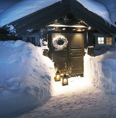 I'd love to stay in a chalet in the French Alps. Winter Cabin, Cozy Cabin, Winter House, Mountain Cottage, Lake Cottage, Cabin Homes, Log Homes, Cabana, Christmas Lodge