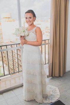 Novia Real. Vestido Josefina Obarrio. www.noviasalgarageonline.com