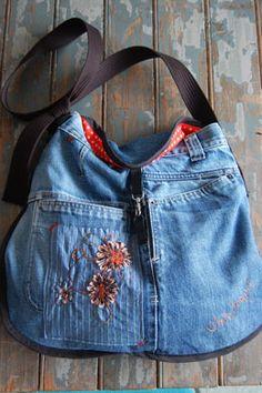 Recyclage d'un pantalon en sac