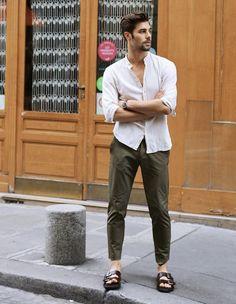 Unisex Fashion, Men Fashion, Fashion Outfits, Mens Clothing Styles, Men's Clothing, Summer Clothes, Summer Outfits, Mens Flip Flops, Flip Flop Sandals