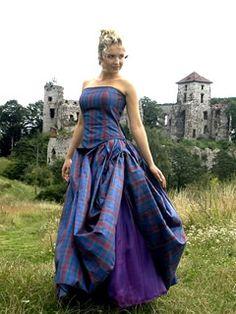 1000 images about celtic wedding dress on pinterest for Celtic wedding dresses for sale