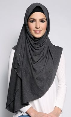 Jersey Knit Scarf in Earl Grey Abaya Fashion, Muslim Fashion, Modest Fashion, Hijab Fashion Inspiration, Style Inspiration, Duck Scarves, Kaftan Designs, Hijab Style Tutorial, Hijab Trends