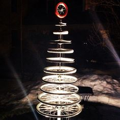 Reclaimed Bike Christmas Tree – How lovely are your spokes... (Photo Source: Instagram)