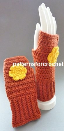 Free crochet pattern for fingerless gloves http://www.patternsforcrochet.co.uk/fingerless-gloves-usa.html #patternsforcrochet