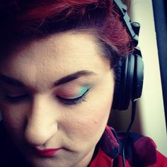 Heart beats fast Colors and promises #ChristinaPerry #makeup #makeupstudent #pink #turcoiseblue #makeupcamarena #music #headphones #hercules Retrospectiva del maquillaje #años50 #pinup #grease #greaser #greasergirl Make up by @lierniosa via Headphones on Instagram - Best Sound Quality Audiophile Headphones and High-Fidelity Premium Earbuds for Hi-Fi Music Lovers by AudiophileCans