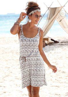 LASCANA Strandkleid bedruckt oder uni ab 39,99€. Modisches Druckdessin oder unifarben, Inklusive Bindegürtel in Lederoptik bei OTTO