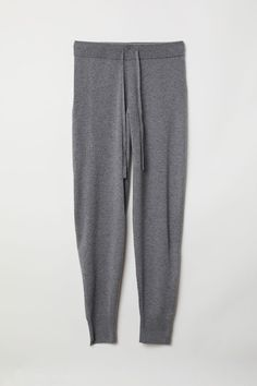 Joggers in a cashmere knit. Elasticized drawstring waistband and tapered legs with ribbed hems. Jogging, Relax, Maternity Pants, Fashion Company, Fashion News, Vintage Outfits, Sweatpants, Street Style, My Style