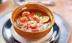 Thaimaalainen katkarapukeitto, resepti – Ruoka.fi - Thai Shrimp Soup