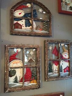 These Christmas window wall decor are adorable - Weihnachten - Natal Christmas Signs, Country Christmas, Christmas Art, Christmas Projects, Christmas Wreaths, Christmas Ornaments, Christmas Windows, Christmas Ideas, Christmas Christmas
