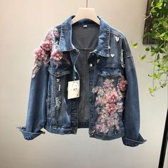 2018 Spring Autumn Jeans Jacket Coat Woman New Heavy Stereo Pink Flower Embroidered Hole Denim Jackets Student Basic Coats Denim Jacket Diy, Denim Jacket Fashion, Denim Jackets, Men's Denim, Women's Jackets, Denim Jacket Patches, Jacket Jeans, Denim Skirt, Mesh Jacket