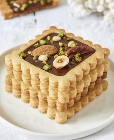 Chocolate Lollies, Biscuit Cookies, Food Photo, Waffles, Fruit, Breakfast, Sweet, Desserts, Benoit