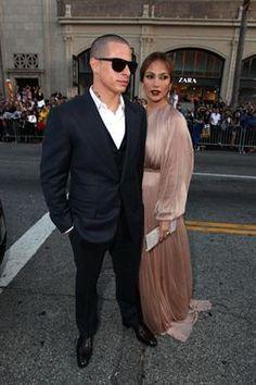 "Casper Smart, sobre Jennifer Lopez: ""no puede vivir sin galletas de chocolate""   http://www.europapress.es/chance/gente/noticia-casper-smart-jennifer-lopez-no-puede-vivir-galletas-chocolate-20120515135653.html"