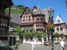 more of Bacharach.