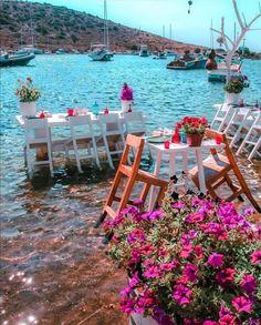 Restaurant in Bodrum, Turkey Wonderful Places, Beautiful Places, Beautiful Pictures, Paris Bucket List, Turkey Destinations, Places To Travel, Places To Visit, Turkey Photos, Turkey Travel